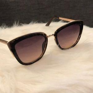 LOFT Cat Eye Tortoise Sunglasses